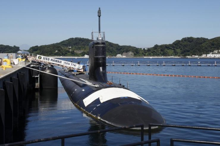 U.S. Virginia-class nuclear attack submarine USS Hawaii is berthed at a dock at the U.S. naval base in Yokosuka, south of Tokyo, August 22, 2014. The U.S. navy said on Friday that the country was looking to increase the quality of the submarines deployed